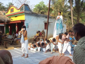Children performing Social arts in India