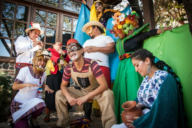 guatemala stage arts people wearing costumes